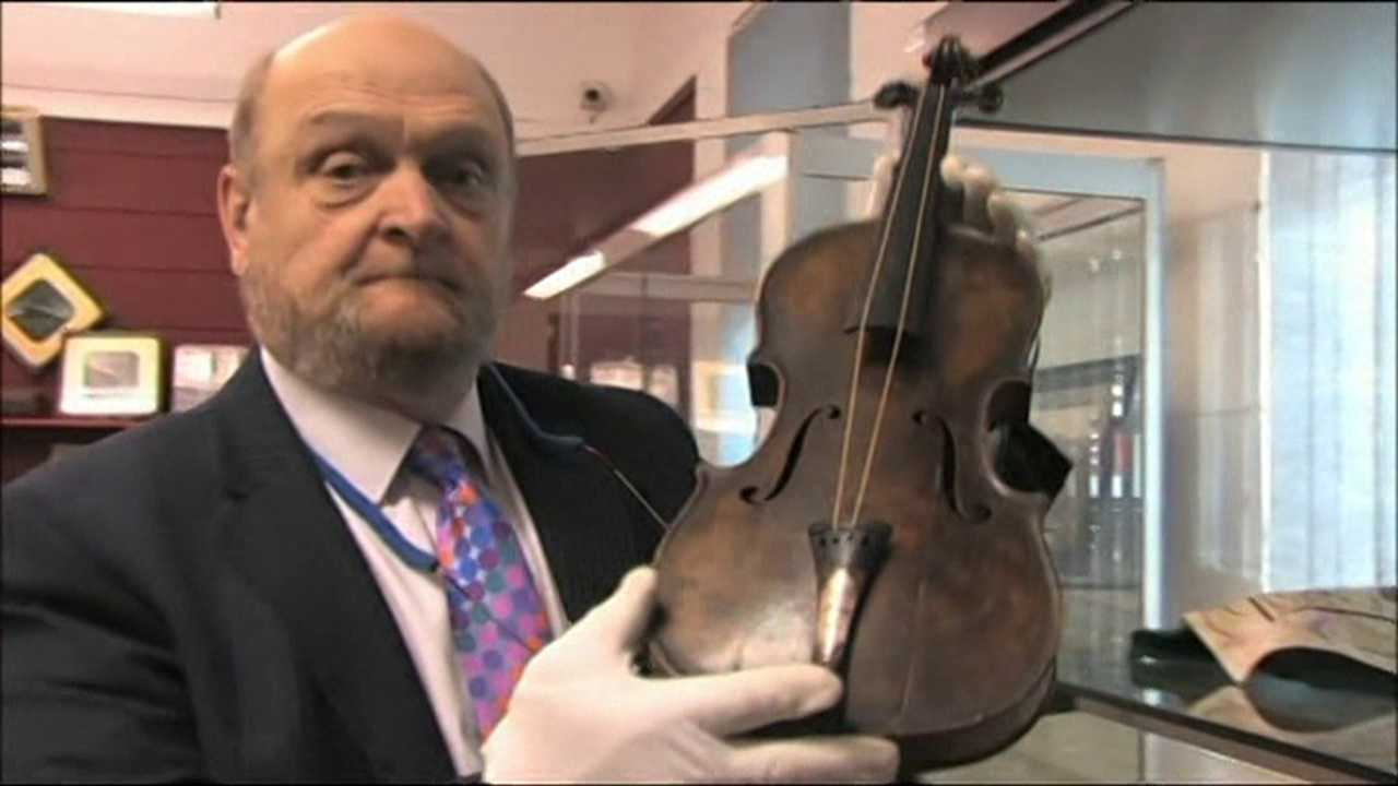 """The violin, of German make, was a gift from Hartley's fiancee Maria Robinson, and was engraved with the words """"For Wallace on the occasion of our engagement from Maria."""""""