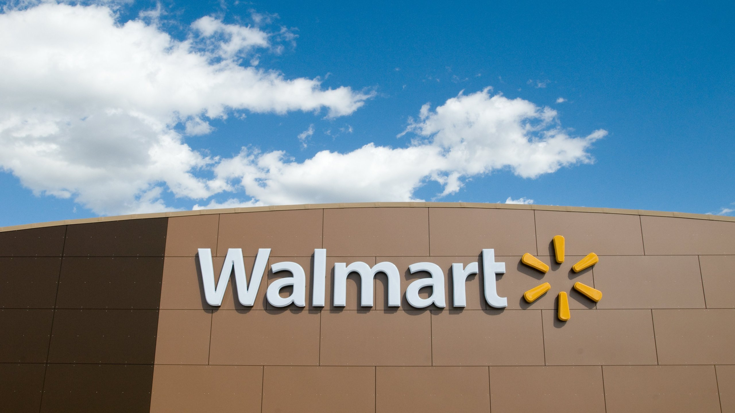 Walmart Extends Christmas Eve Hours Will Be Closed On Christmas Day Fox 4 Kansas City Wdaf Tv News Weather Sports
