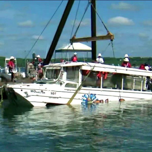 table-rock-lake-duck-boat