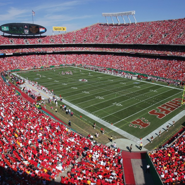 Picture of fans in Arrowhead