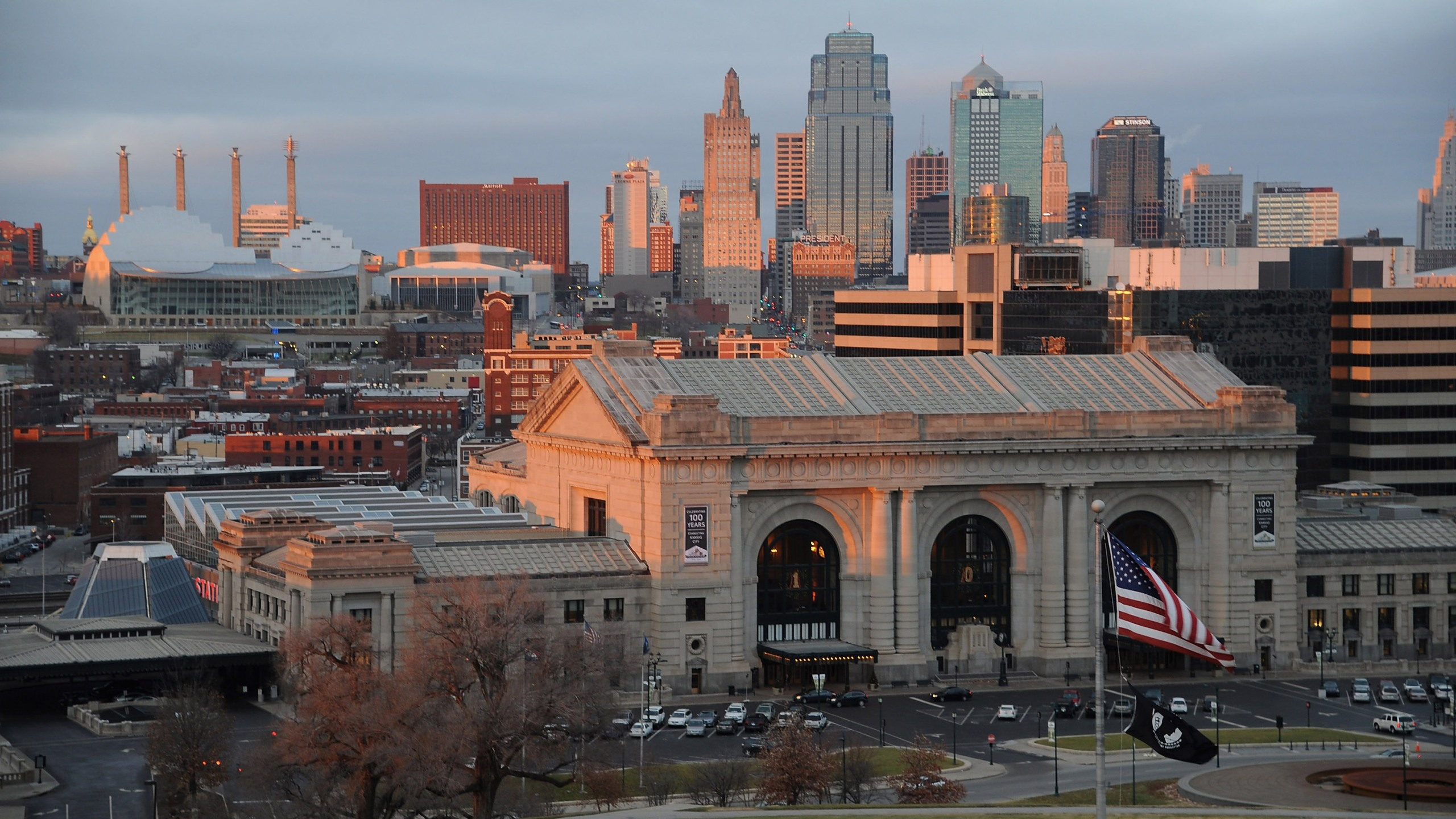 Picture of downtown, Union Station