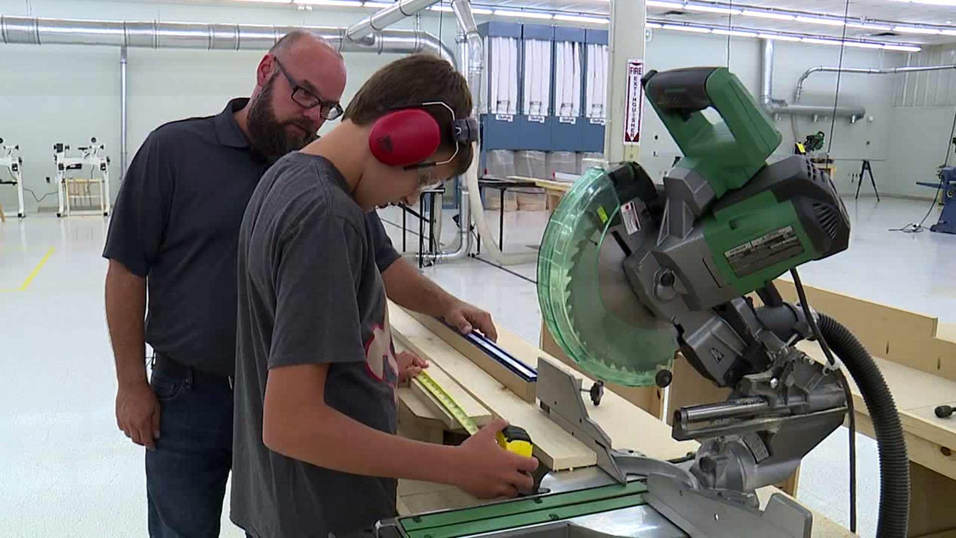 New Olathe Business Offering Woodworking Classes Mentorships For Kids And Teens Fox 4 Kansas City Wdaf Tv News Weather Sports