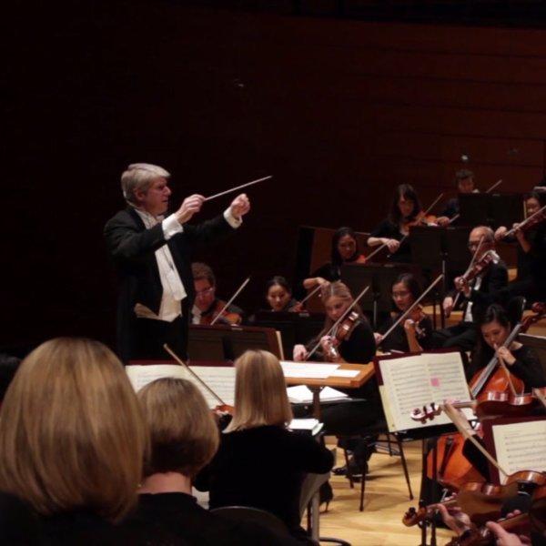 Michael Stern directs the Kansas City Symphony