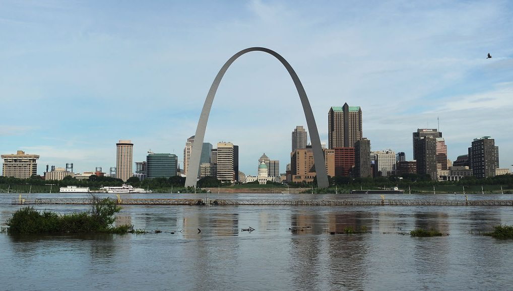 Picture of St. Louis from the Mississippi