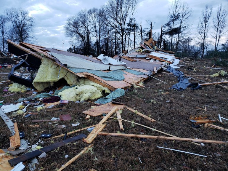 Louisiana tornado damage