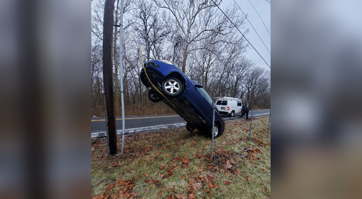 Car up a cable in Raytown