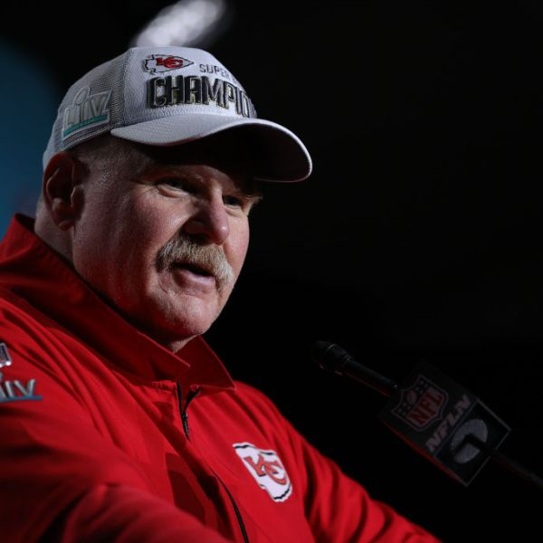 Picture of Andy Reid post Super Bowl win