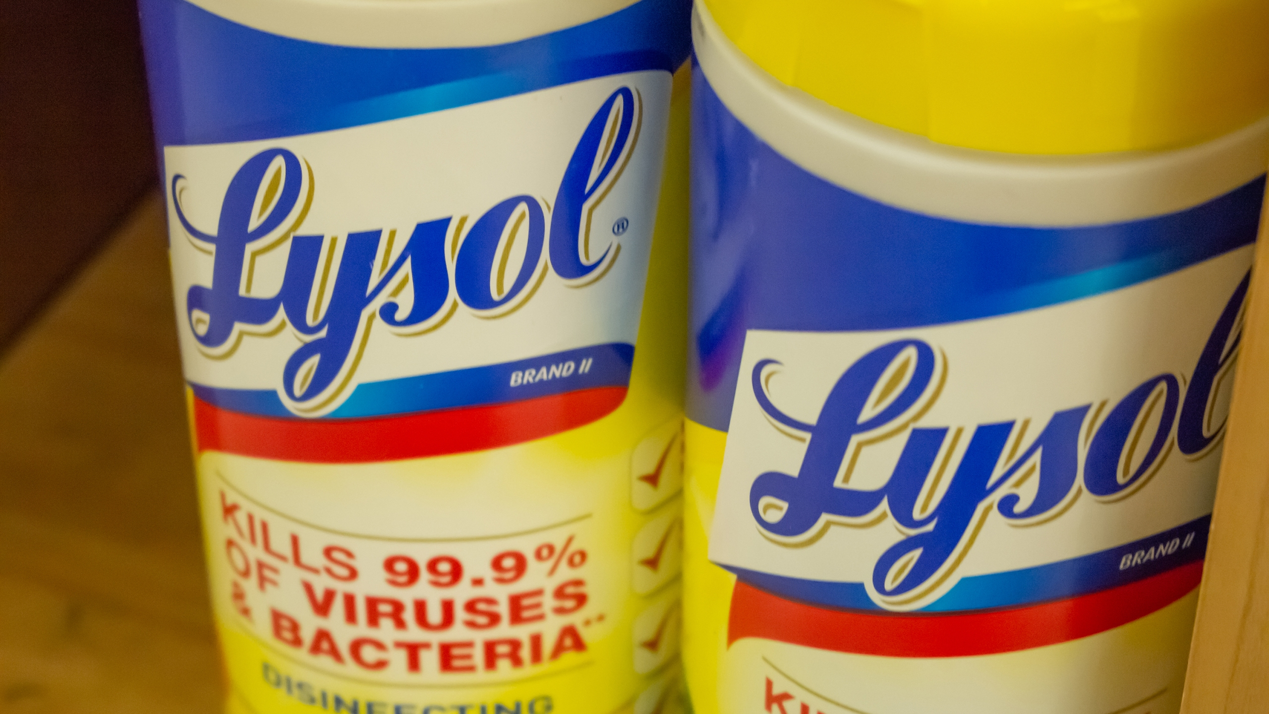 Picture of Lysol wipes