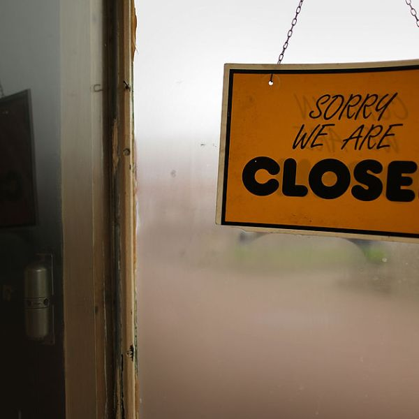 Picture of closed sign