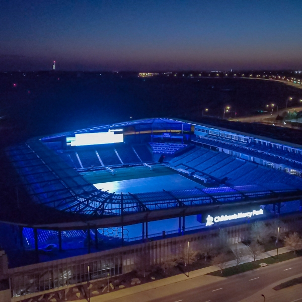 Picture of Children's Mercy Park lit blue