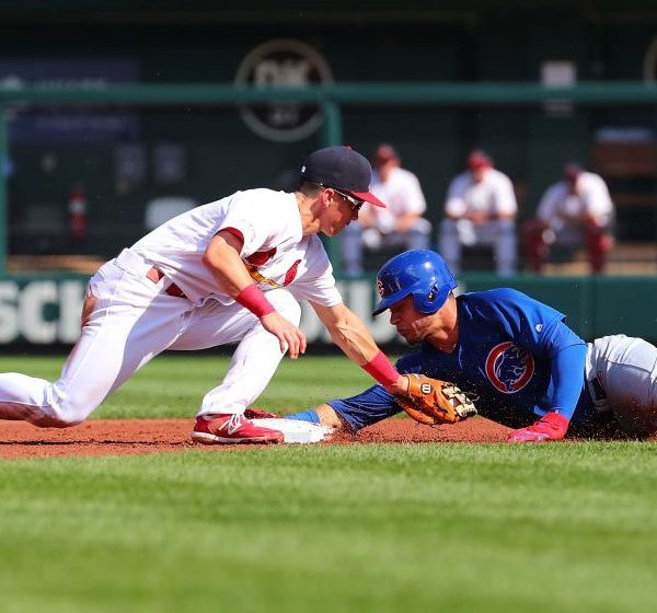 Picture of Cardinals playing the Cubs