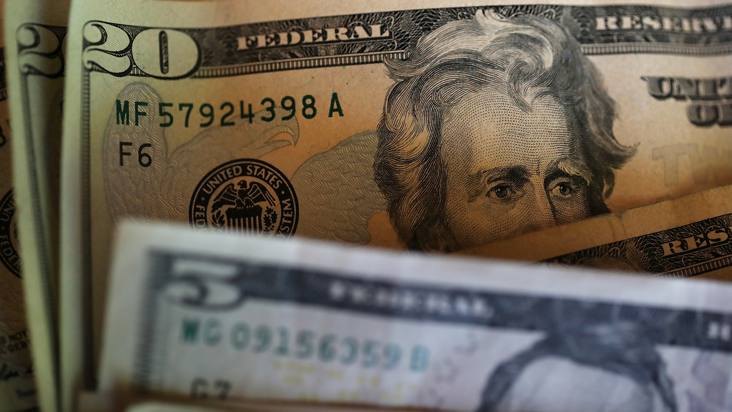 Picture of US paper currency