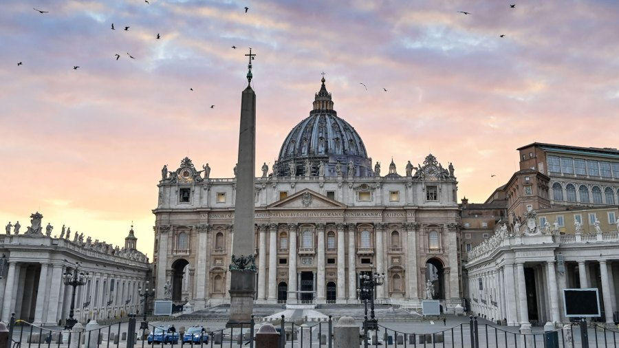 Picture of St. Peter's Basilica in Rome