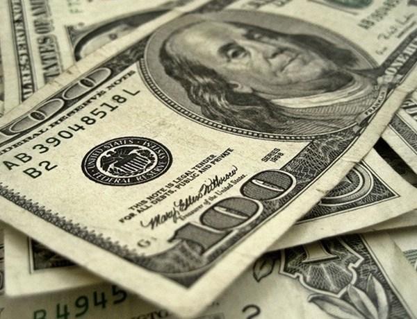 Picture of 100 dollar bills