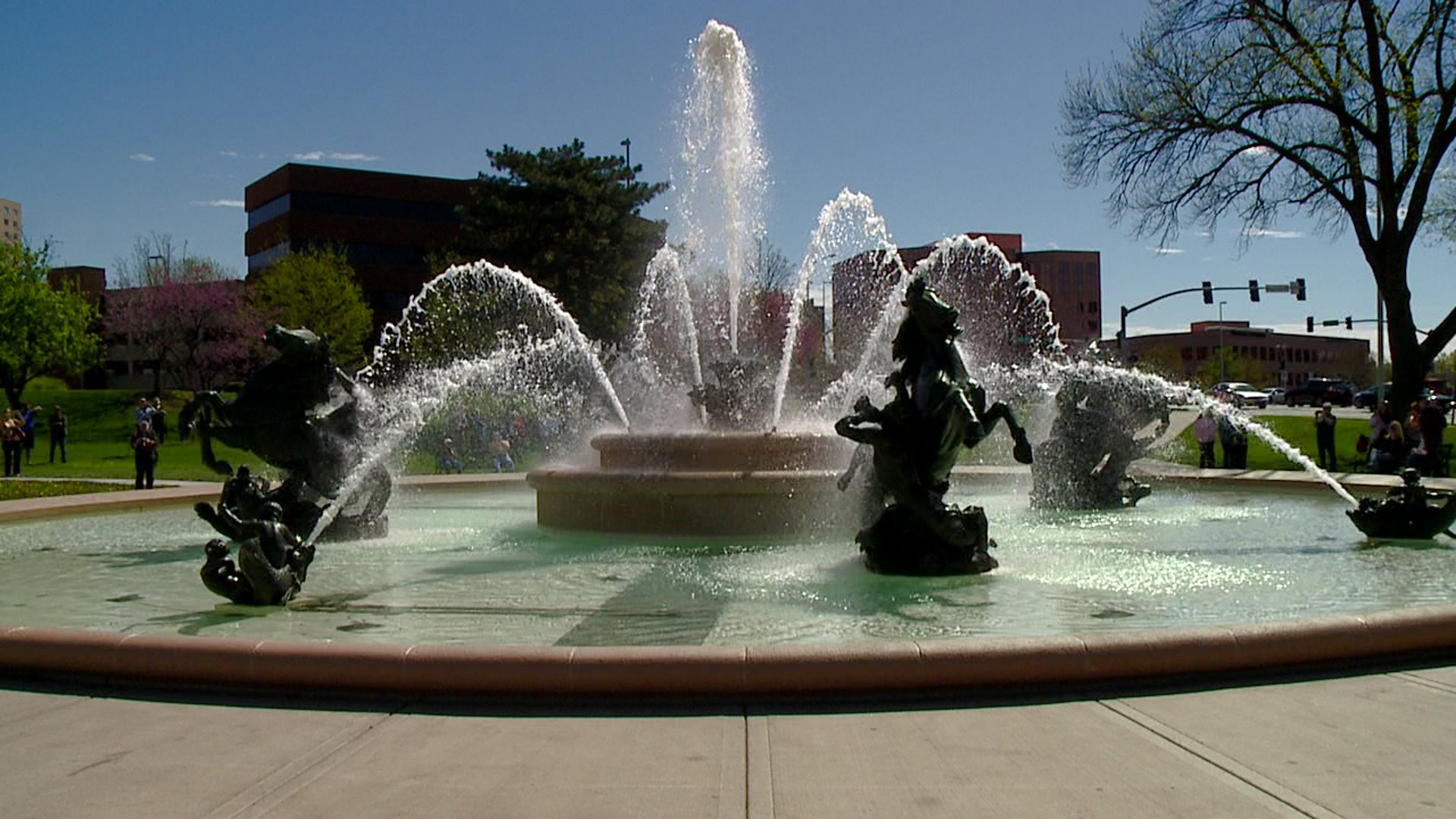 Picture of jc nichols fountain