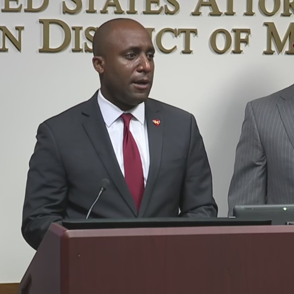 Picture of Mayor Quinton Lucas and US District Attorney Tim Garrison