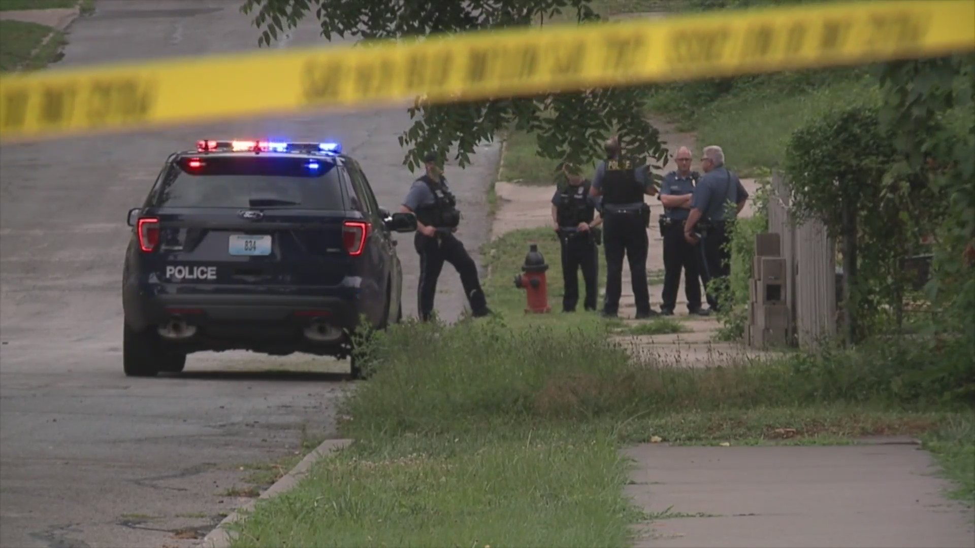 Picture of police at crime scene in Kansas City
