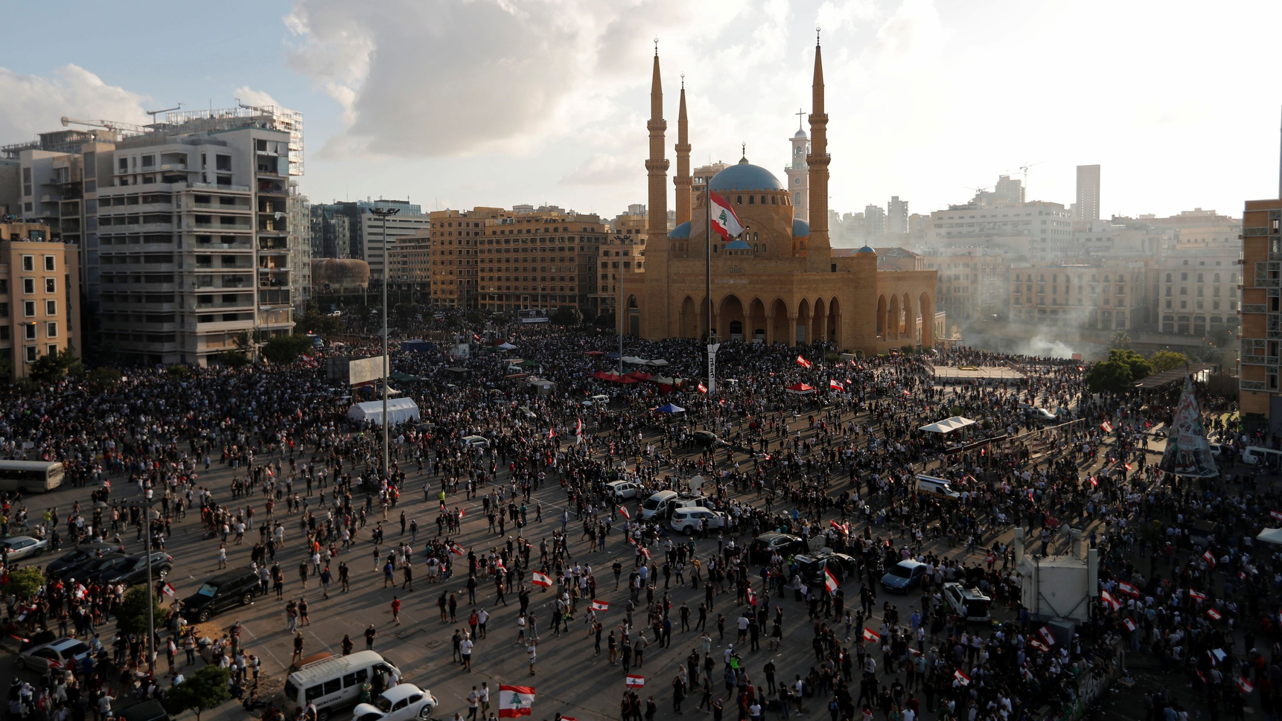 Picture of protests in the streets of Beirut