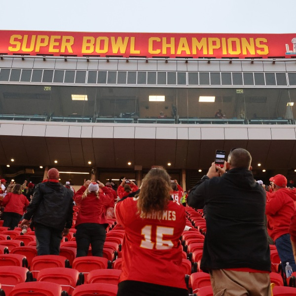 Picture of fans in the stands at Chiefs game during pandemic