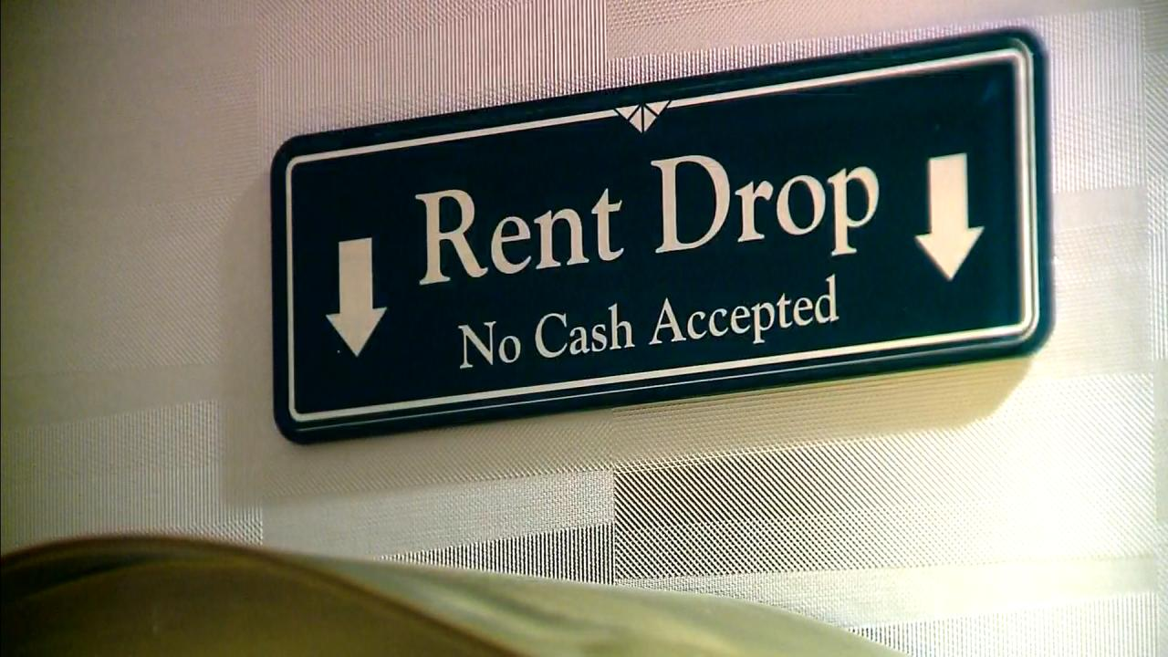 Picture of rent drop sign