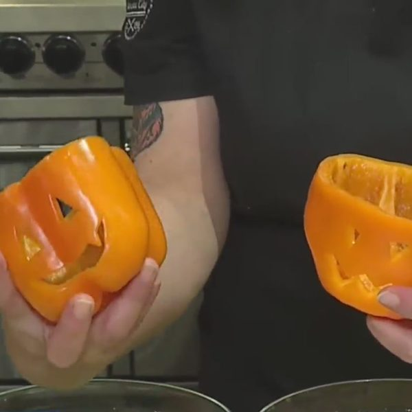 Jack-o'-lanturn peppers picture