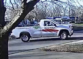 Picture of suspect truck Independence 12.5