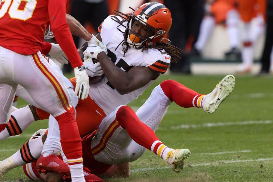 Kareem Hunt scores Browns touchdown