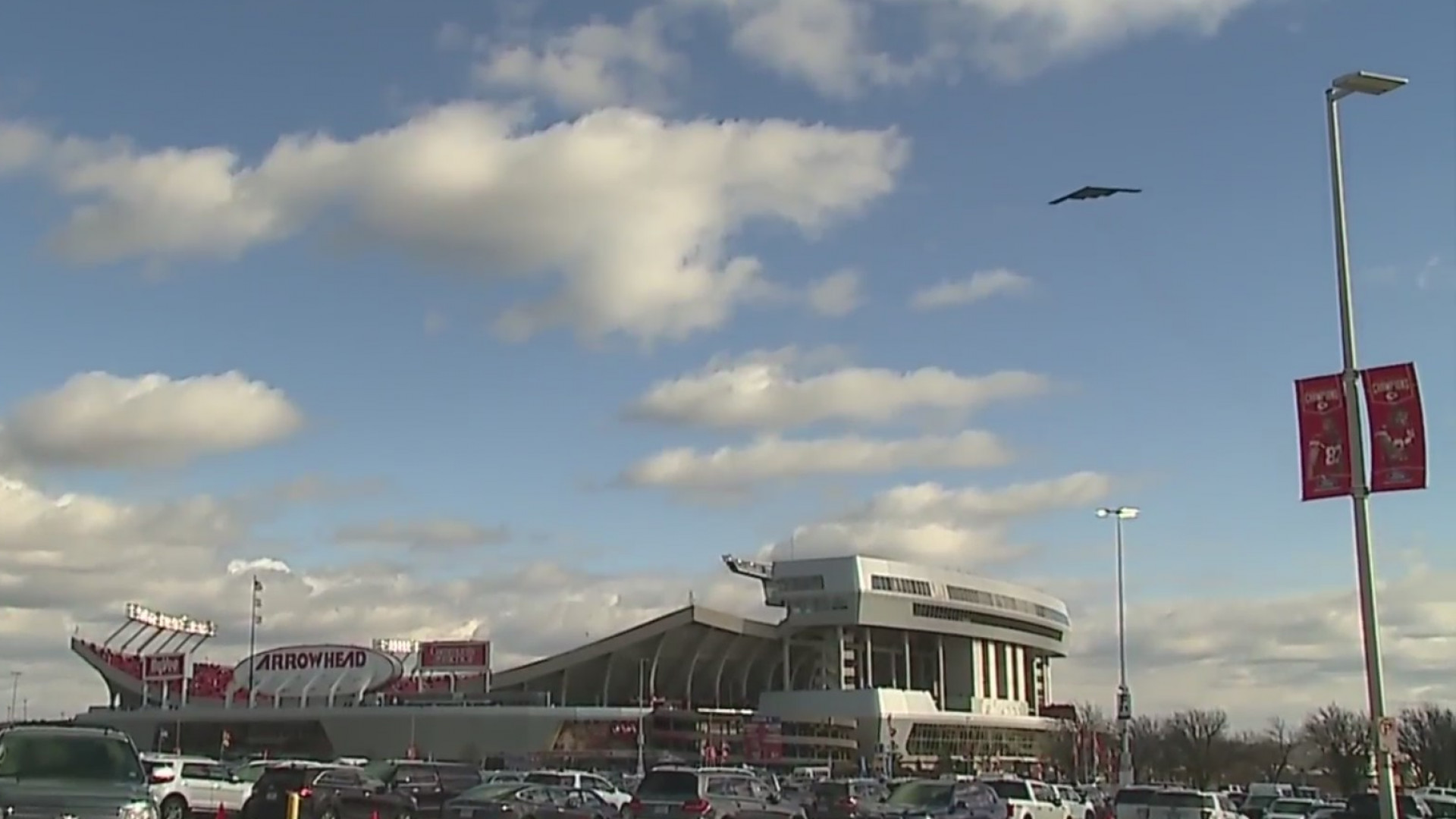 Picture of B-2 over Arrowhead