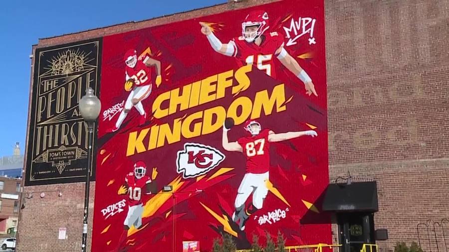 chiefs mural toms town crossroads