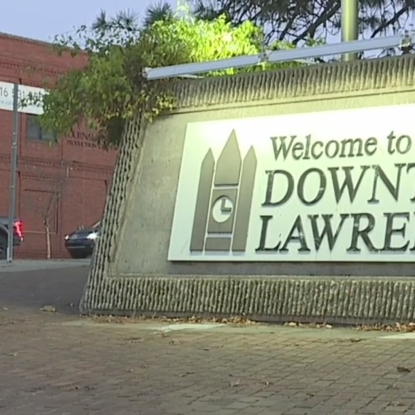 Picture of Downtown Lawrence sign