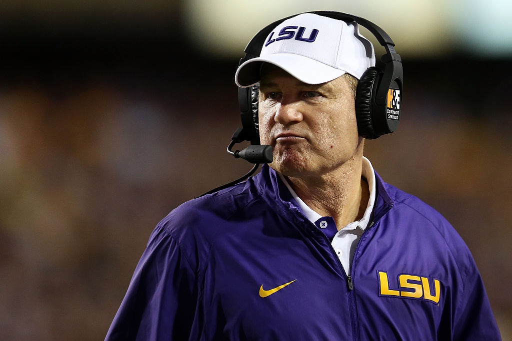 Picture of Les Miles coaching for LSU
