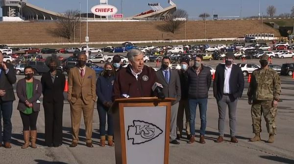 Picture of Parson speaking at Arrowhead