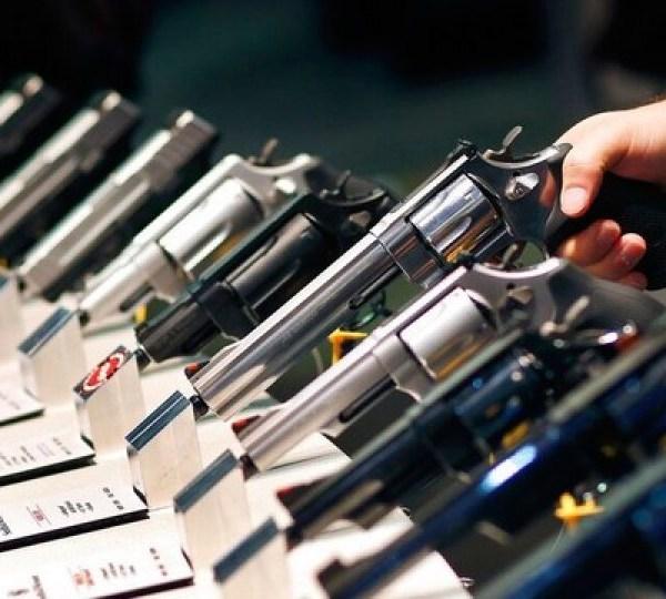 handguns guns firearms gun second amendment