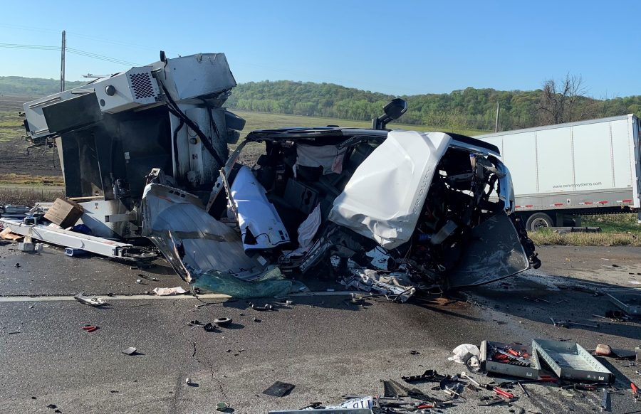Picture of destroyed service truck from KCK Fire