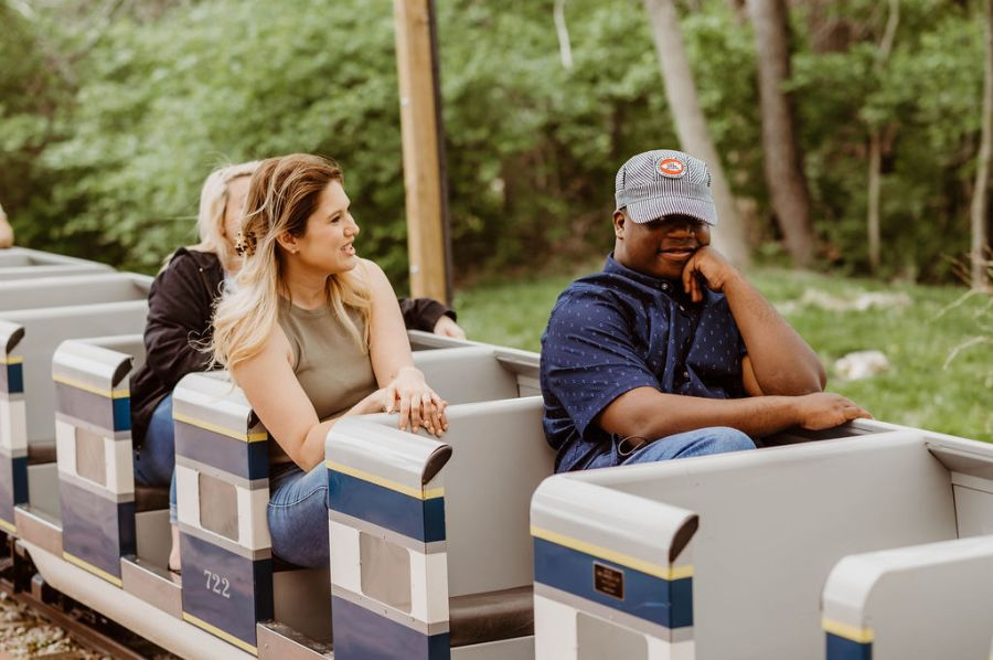 Picture of Julius with Sherae on a train