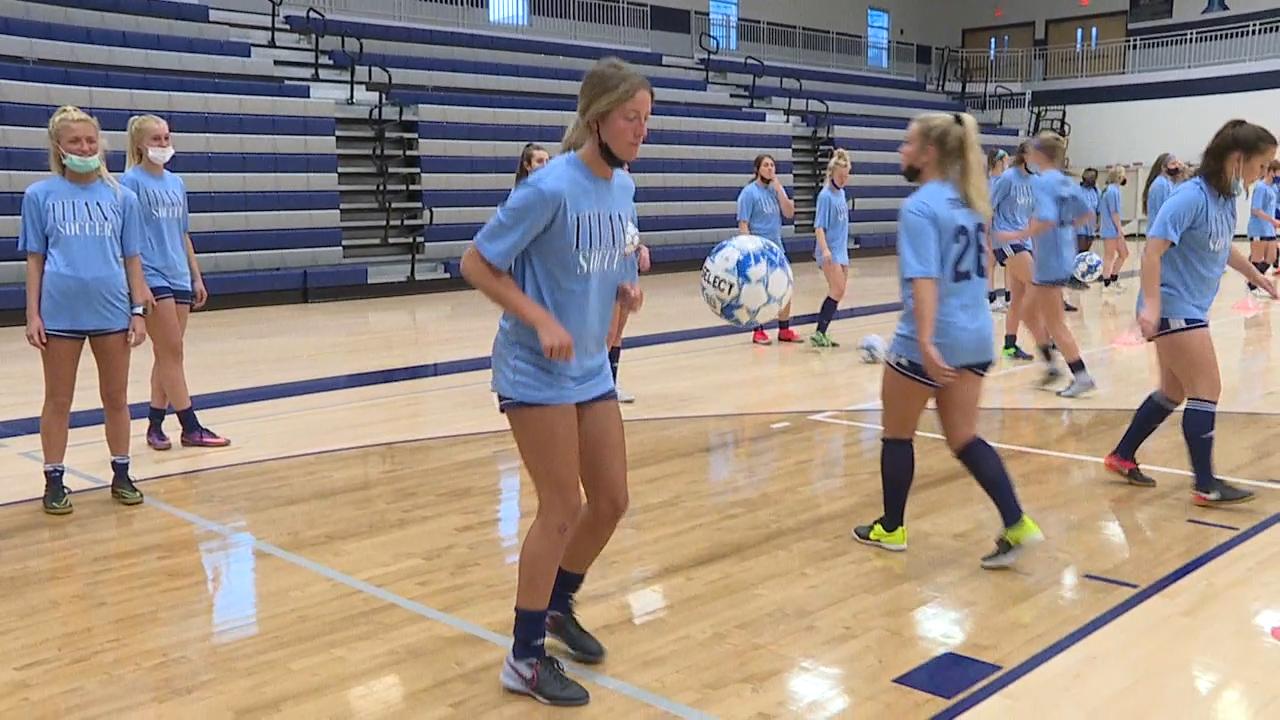 Lee's Summit West girls soccer