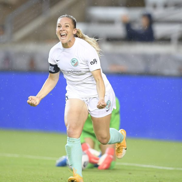 Picture of Amy Rodriguez celebrating