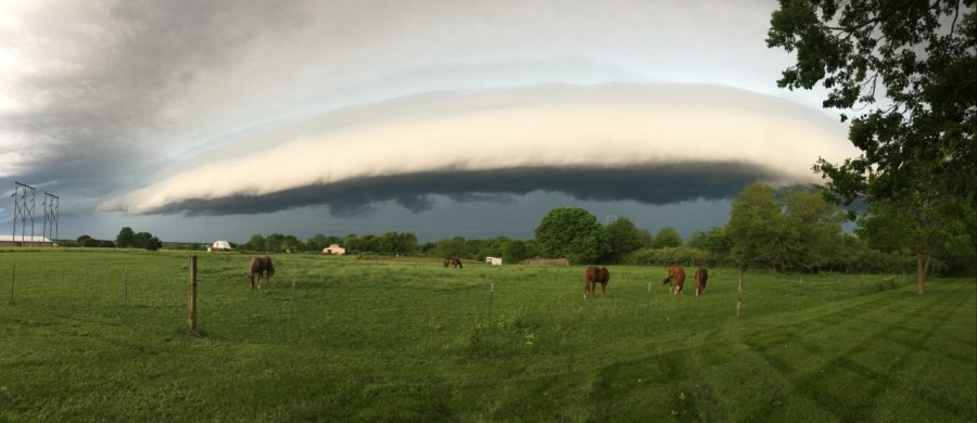 A shelf cloud seen in Raymore, Missouri on May 27, 2021 from Chris.