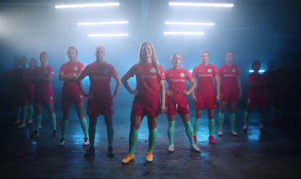 Promotional picture of KC NWSL in home kit