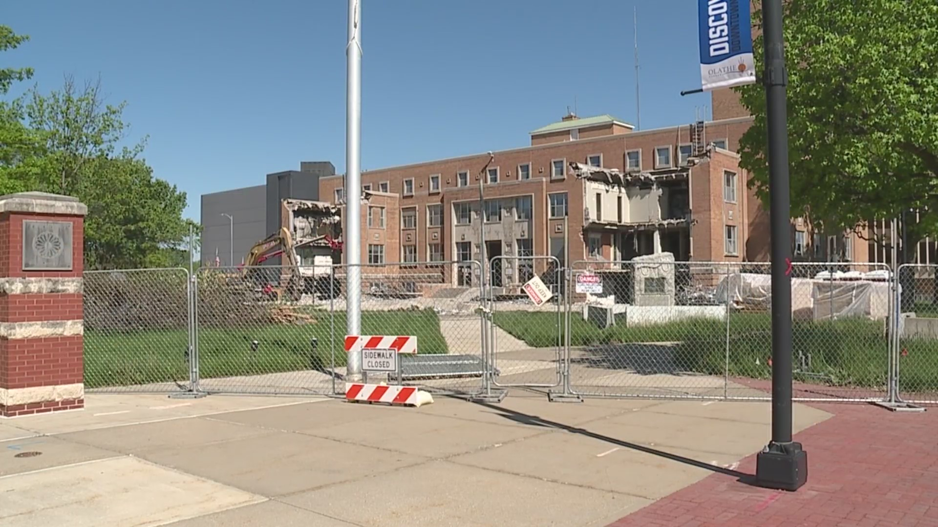 old johnson county courthouse demolition