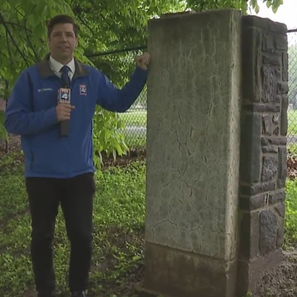 Picture of Matt Stewart next to White House slab