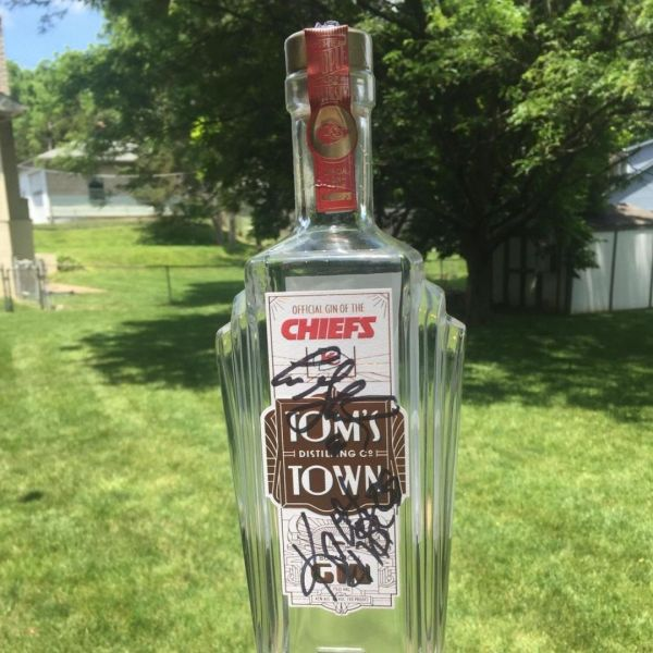 Picture of Chiefs gin by Tom's Town