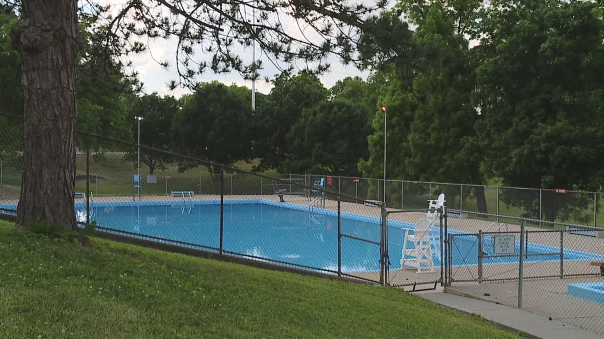 Parkwood Pool KCK
