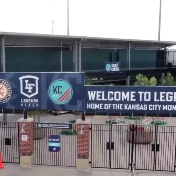 Picture of Legends Field sign
