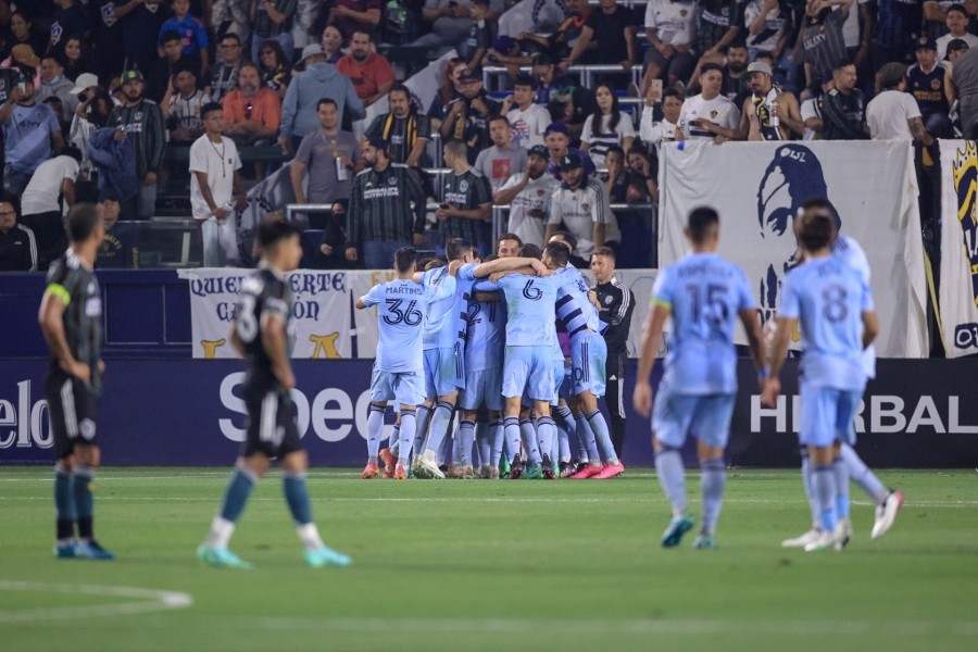 Picture of Sporting KC celebrating