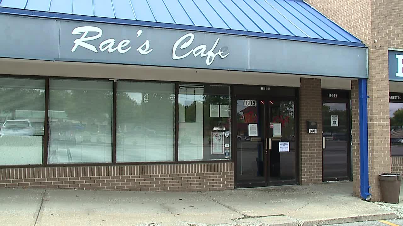 Rae's Cafe in Blue Springs